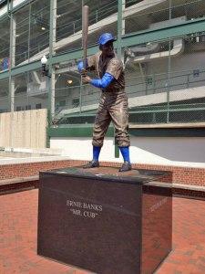 Ernie Banks statue outside of Wrigley Field (Photo credit: Vinny Haynes)