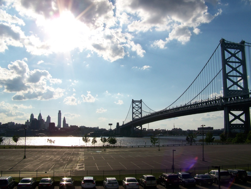 The Benjamin Franklin Bridge and the Philadelphia skyline (Photo credit: Paul Hadsall)